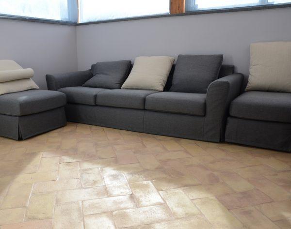 pavimento-cotto-pareti-tortora