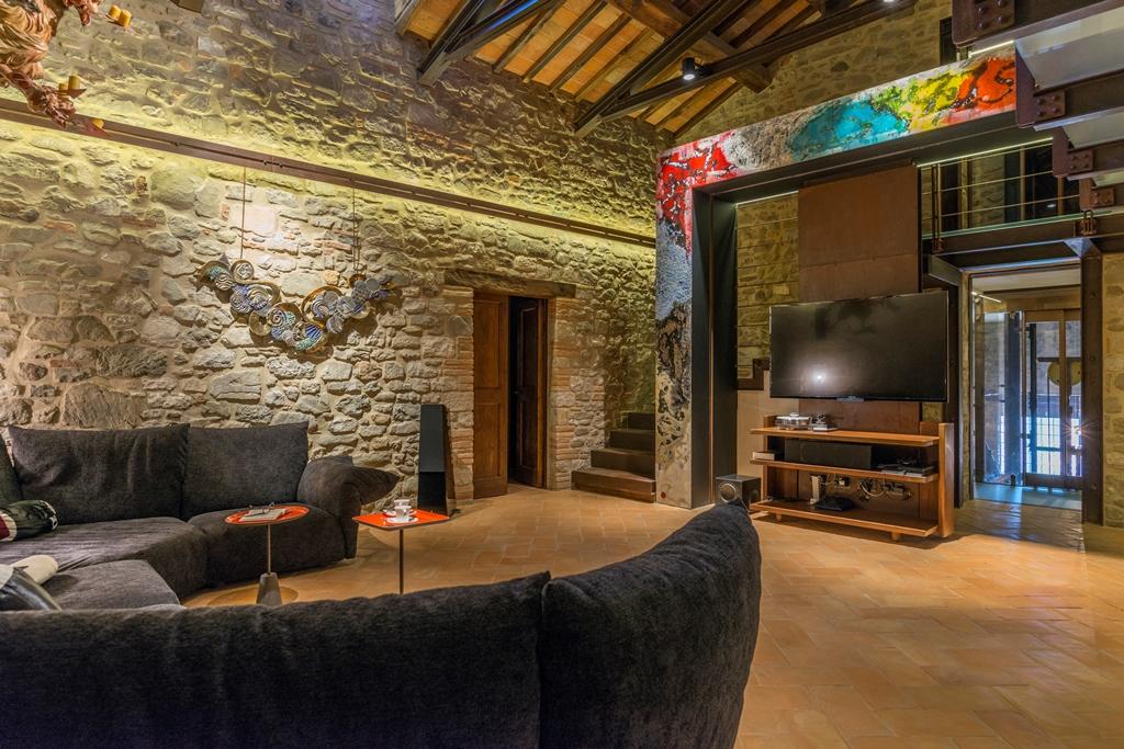 Pavimenti In Cotto Fatto A Mano : In cerca di ispirazione foto di interni con pavimenti in cotto