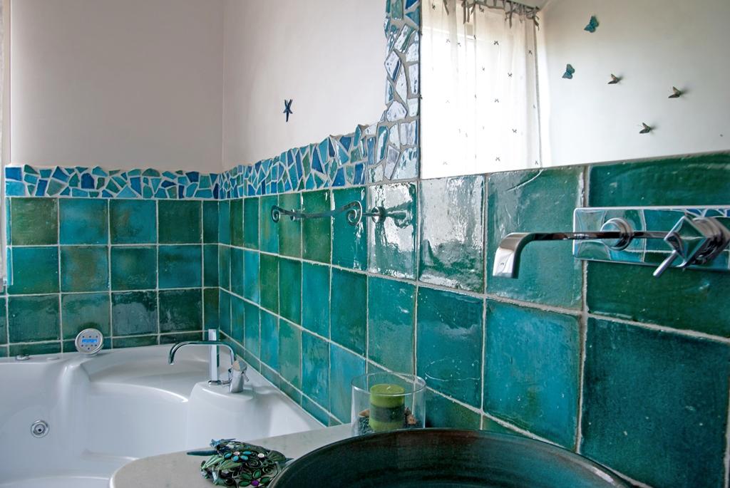 Mattonelle bagno idee per pavimenti rivestimenti e for Mattonelle per pareti