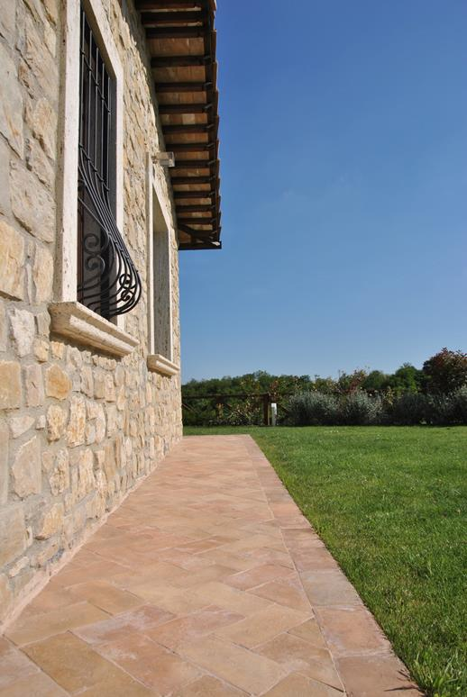 mattoni da giardino e pavimentazione giardino perch
