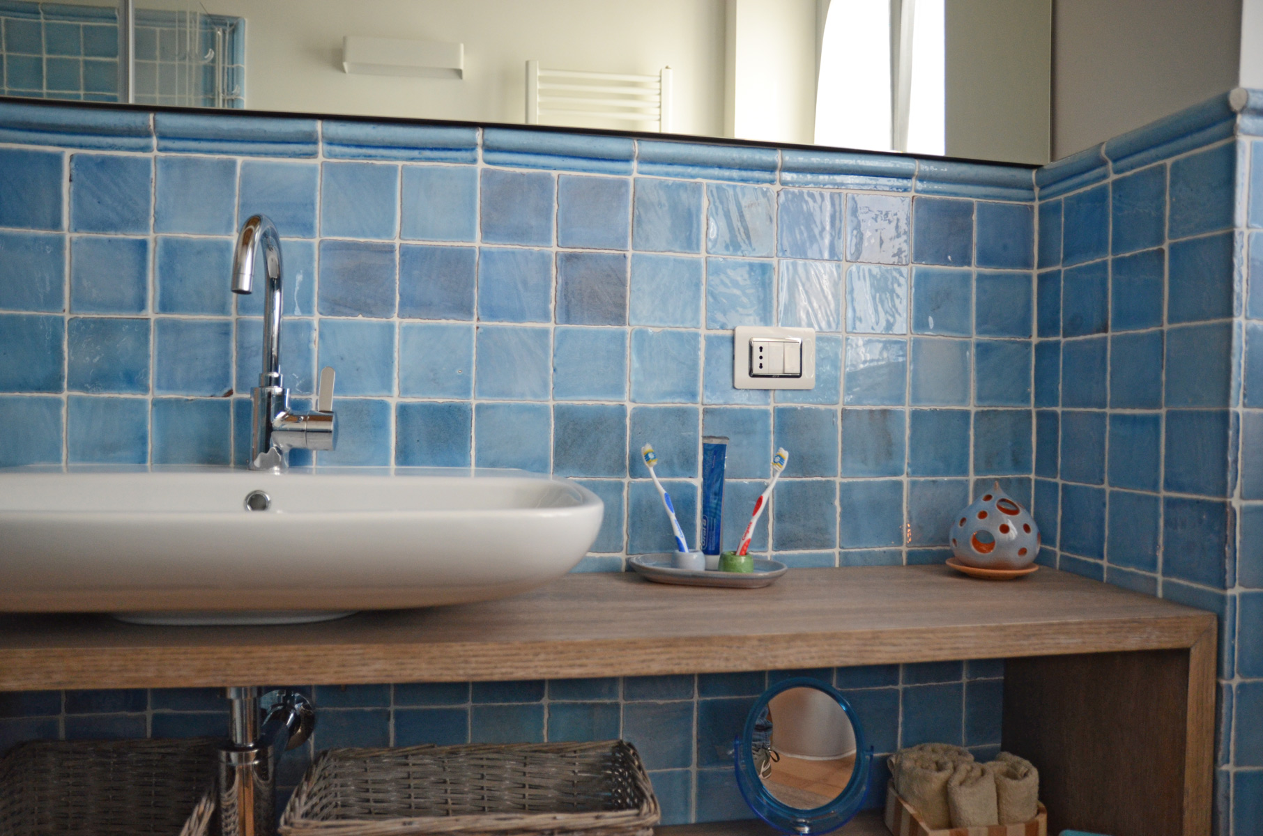 Rivestimento Bagno Con Maioliche bagno in cotto: idee per pavimenti, rivestimenti, maioliche