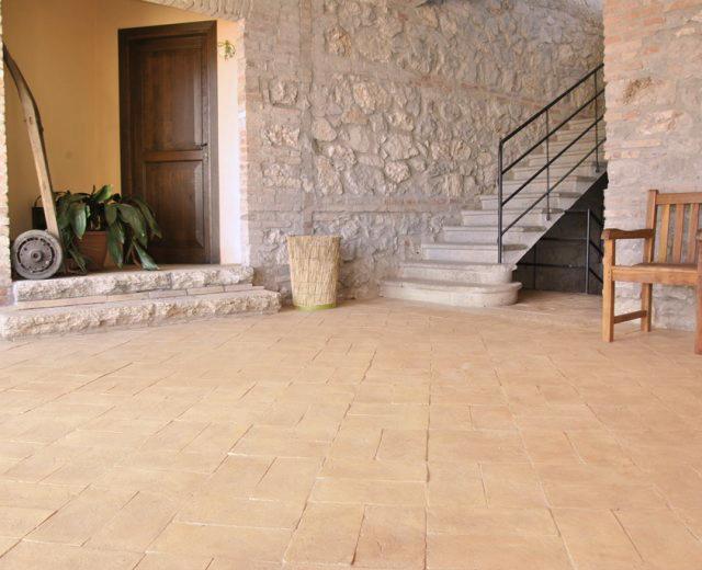 pavimento-rustico-per-interni